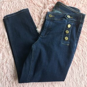 TALBOTS | blue jean capris size 6p with bittons